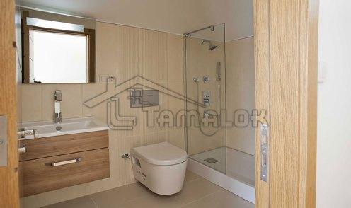 property_56f7b533ebddd