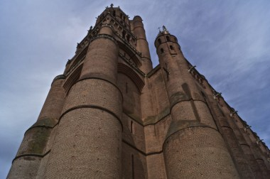Largest brick cathedral