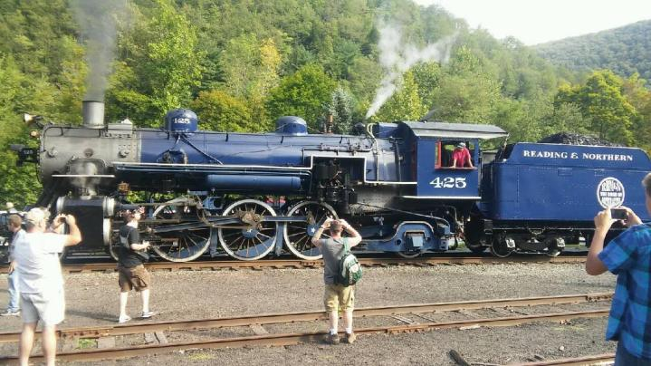 Reading and Northern Railroad, No 425 Steam Engine, from Dale Freudenberger, Jim Thorpe, 8-22-2015 (1)