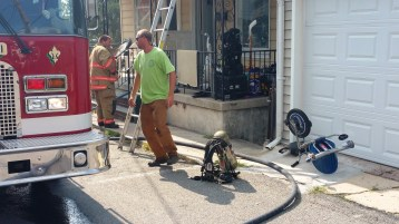House Fire, Smoke, West Water Street, Lansford, 9-1-2015 (10)