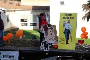 45th Annual Halloween Parade, Lehighton, 10-17-2015 (291)