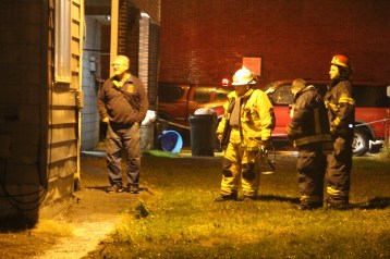 Fire Response, East Broad Street, Tamaqua, 10-28-2015 (26)