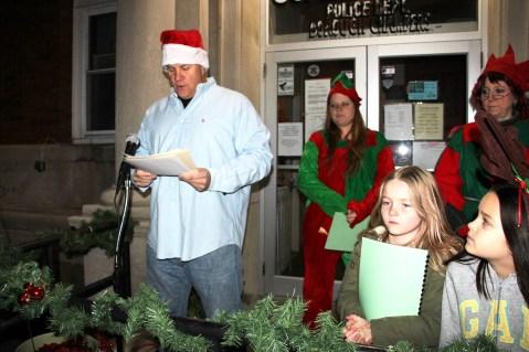Coaldale Holiday Tree Lighting, Via C.H.O.S.E., Borough Hall, Coaldale, 11-29-2015 (2)