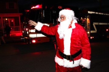 Coaldale Holiday Tree Lighting, Via C.H.O.S.E., Borough Hall, Coaldale, 11-29-2015 (26)