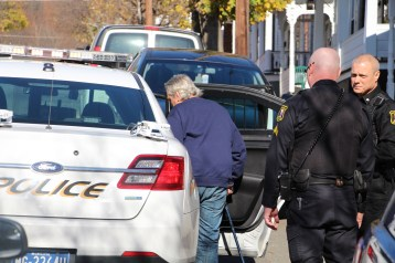 Hit And Run Investigated, Rowe Street, North Lehigh Street, Tamaqua, 11-16-2015 (25)