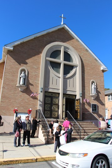 Little Flower Shower of Roses, Our Lady of Mount Carmel Church, Nesquehoning (2)