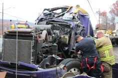 Tractor Trailer Overturns, US209, SR93, Nesquehoning, 11-5-2015 (29)