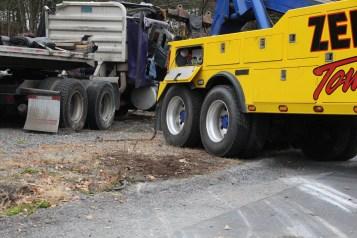 Tractor Trailer Overturns, US209, SR93, Nesquehoning, 11-5-2015 (50)
