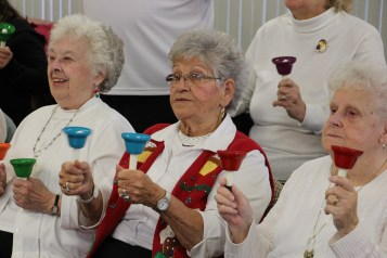 Bells, Older and Bolder Senior Group, via Tamaqua Salvation Army, at ABC Hi-Rise, Tamaqua, 11-30-20 (13)