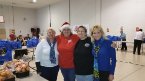 Food Basket, Angel Tree, Toys For Tots Distribution, Salvation Army, Tamaqua, 12-17-2015 (11)