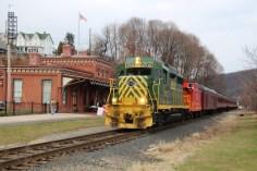 Santa Train Rides, via Tamaqua Historical Society, Train Station, Tamaqua, 12-19-2015 (8)