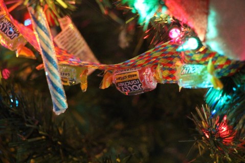 Tree Festival, Voting, Tamaqua Community Arts Center, Tamaqua, 12-4-2015 (68)
