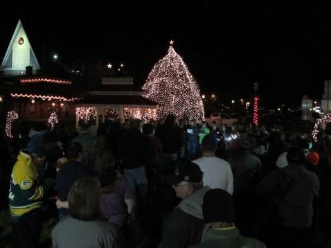Tree Lighting, Spirit of Christmas Festival, Depot Square Park, Tamaqua, 12-6-2015 (40)