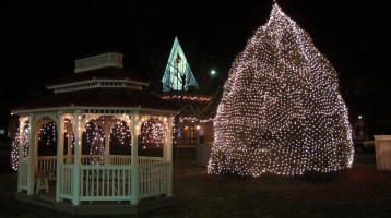 Tree Lighting, Spirit of Christmas Festival, Depot Square Park, Tamaqua, 12-6-2015 (73)