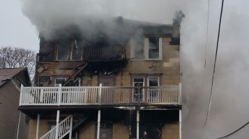 fire-200-block-of-north-second-street-lehighton-1-9-2017-16