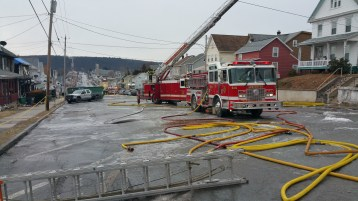fire-200-block-of-north-second-street-lehighton-1-9-2017-17