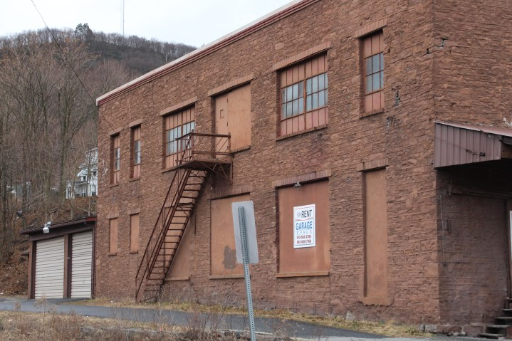 tell-us-what-you-know-building-spruce-street-tamaqua-1-23-2017-4