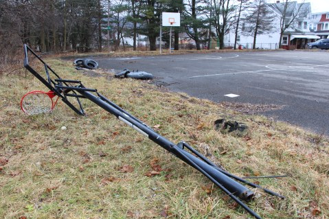volunteers-needed-to-cleanup-dutch-hill-basketball-park-tamaqua-1-20-2017-2