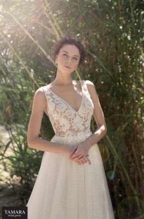 שמלת כלה תחרה מחשוף V