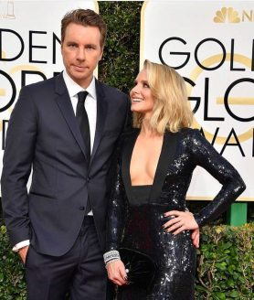 Dax Shepard and Kristen Bell in Tom Ford Golden Globes 2017