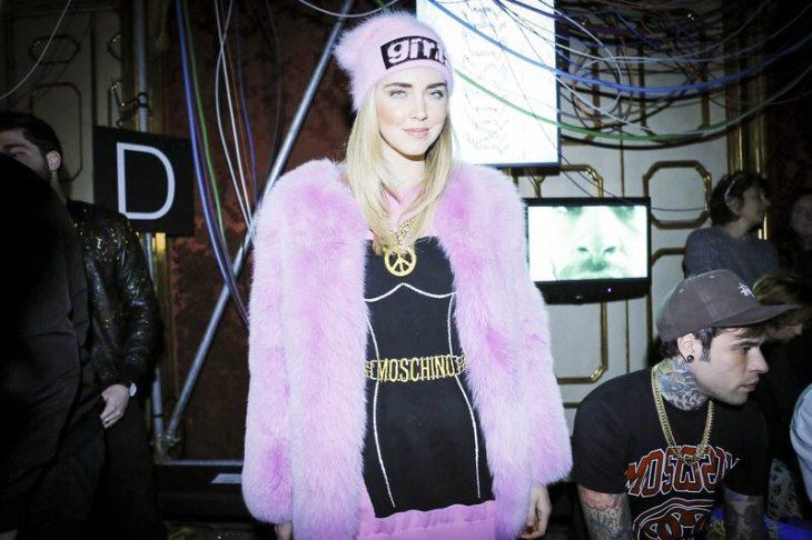 Chiara Ferragni - Moschino Menswear F/W 2017 Milan 8