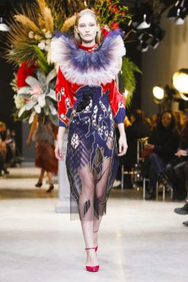 Viktor&Rolf Couture Spring Summer 2017 Paris