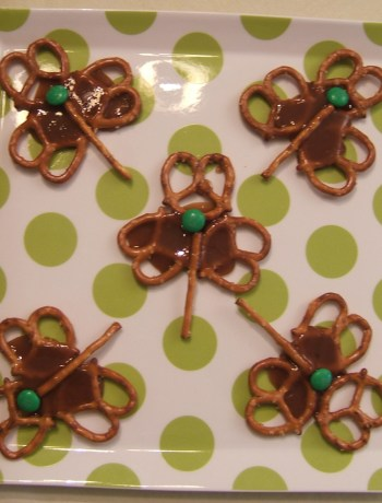 Toffee Pretzel Shamrocks