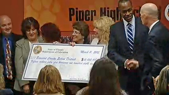 Rick Scott presents $15 Million in School Recognition Funds at Piper High School