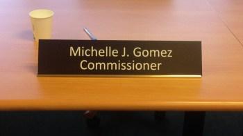 Gomez-Nameplate