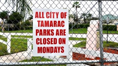 TamaracClosedSign