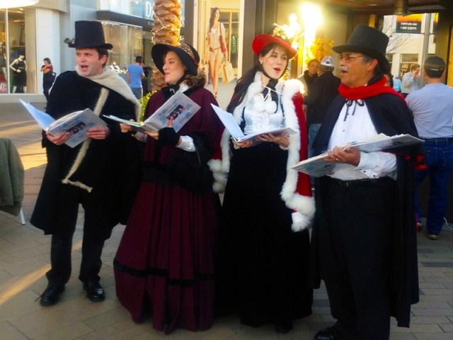 2013_Tamara-Rodriguez_Christmas-Caroling-In-San-Diego_01