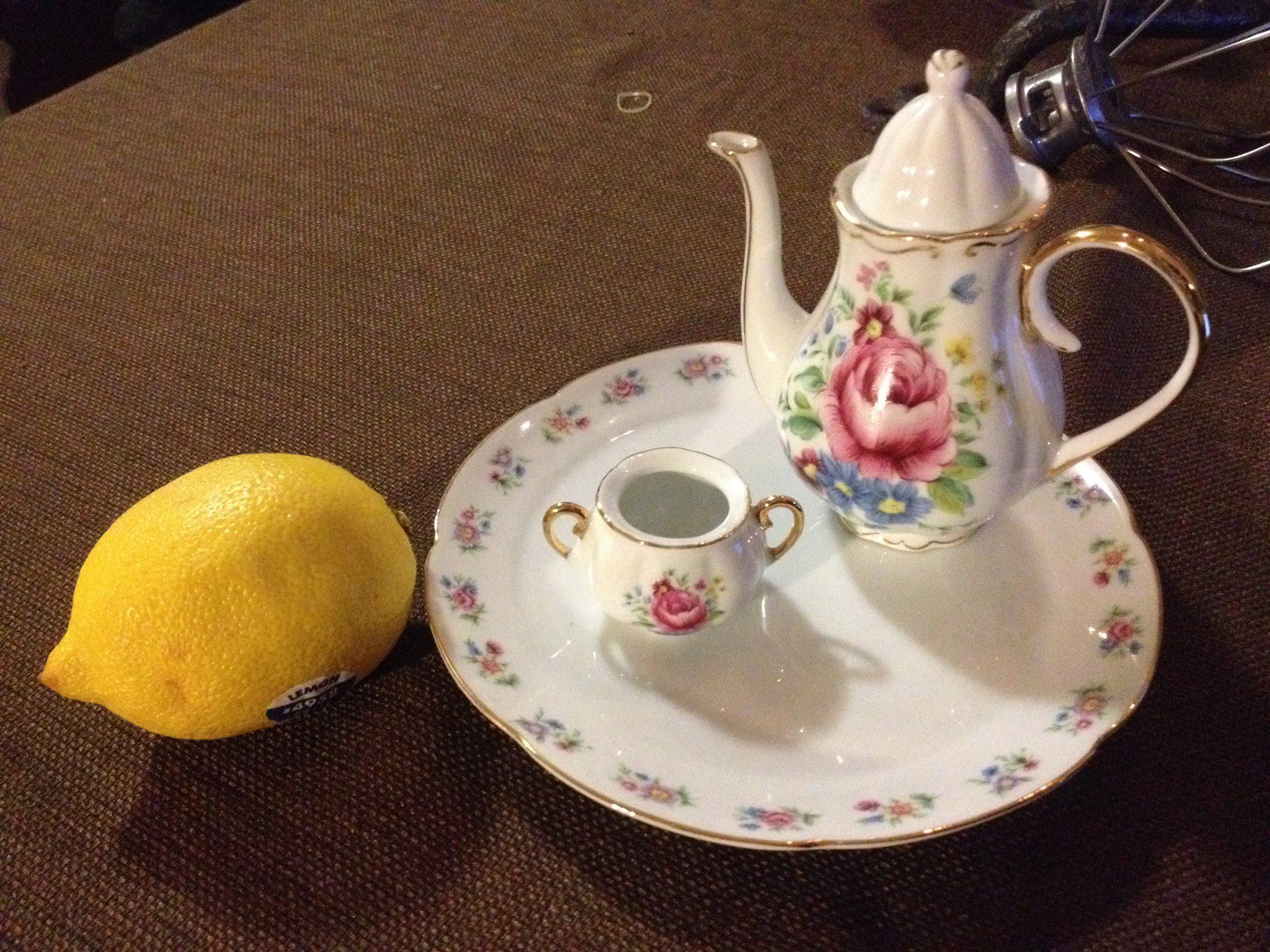Child's Toy China Tea Set - Victoria's Garden: 20,600 ppm Lead