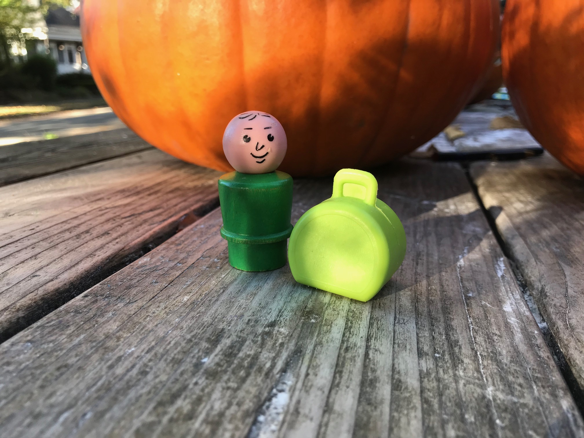 Test Results for Vintage Fisher Price Little People Suitcase Toy
