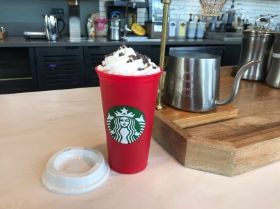 "Does the 2018 Starbucks reusable holiday cup test positive for any ""nasties""?"