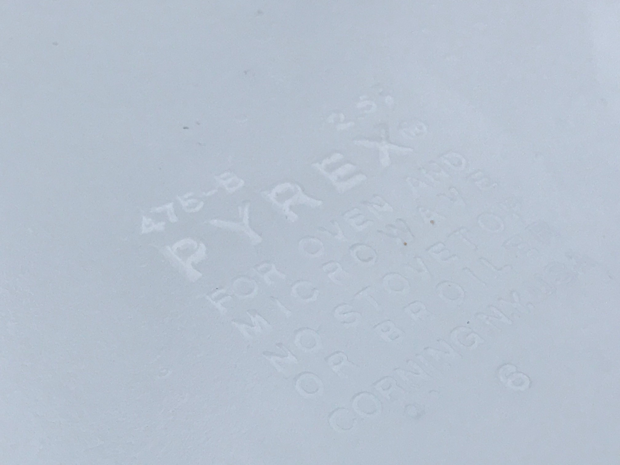 1980s Vintage Pyrex Trailing Flowers - Beige Casserole Dish: 253,900 ppm Lead + 12,100 ppm Cadmium + 8,801 ppm Arsenic