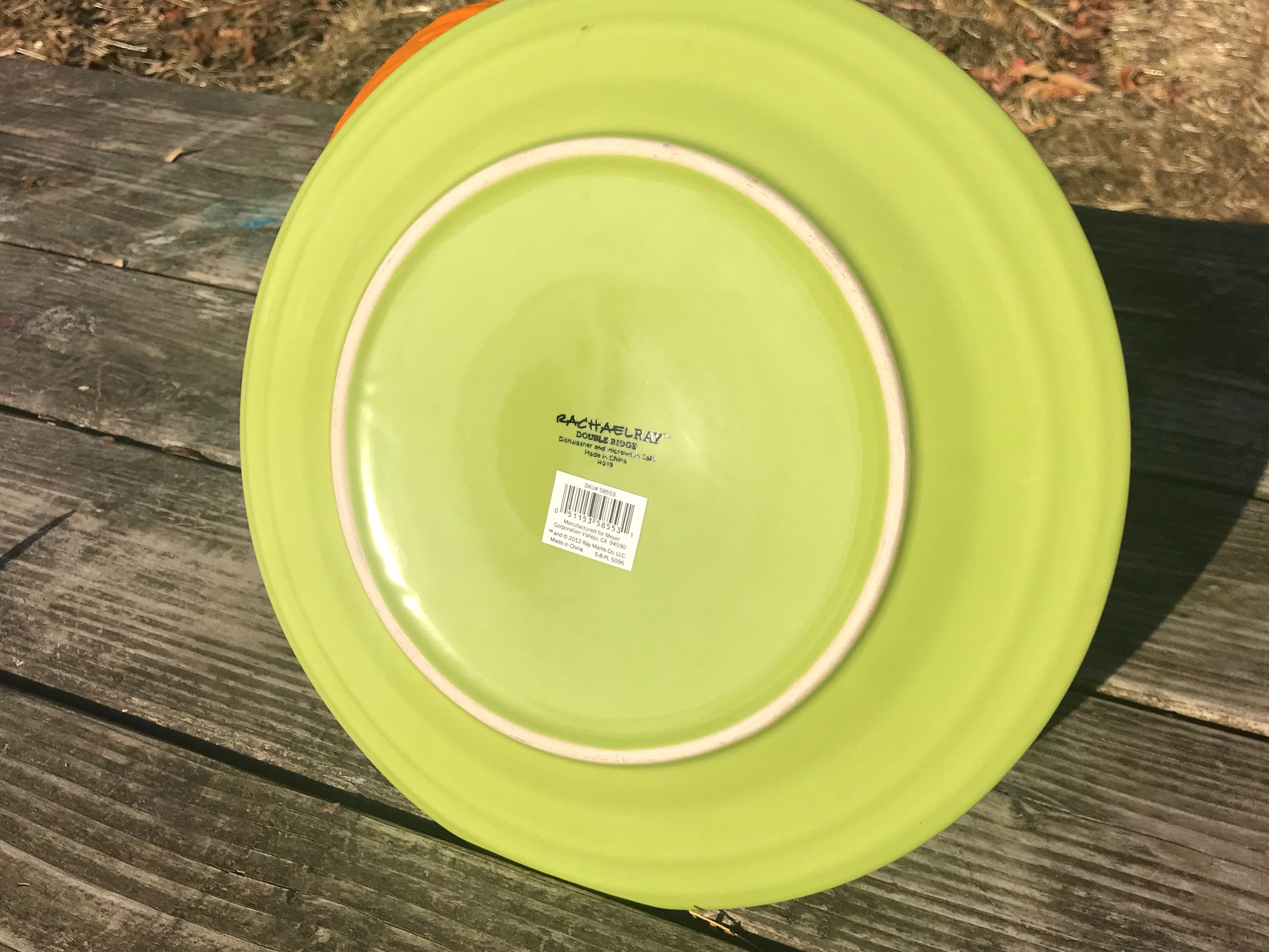 "2018 Dollar Tree Store Rachael Ray Green Glazed ""Double Ridge"" Ceramic Plate: Lead Free & Cadmium Free"