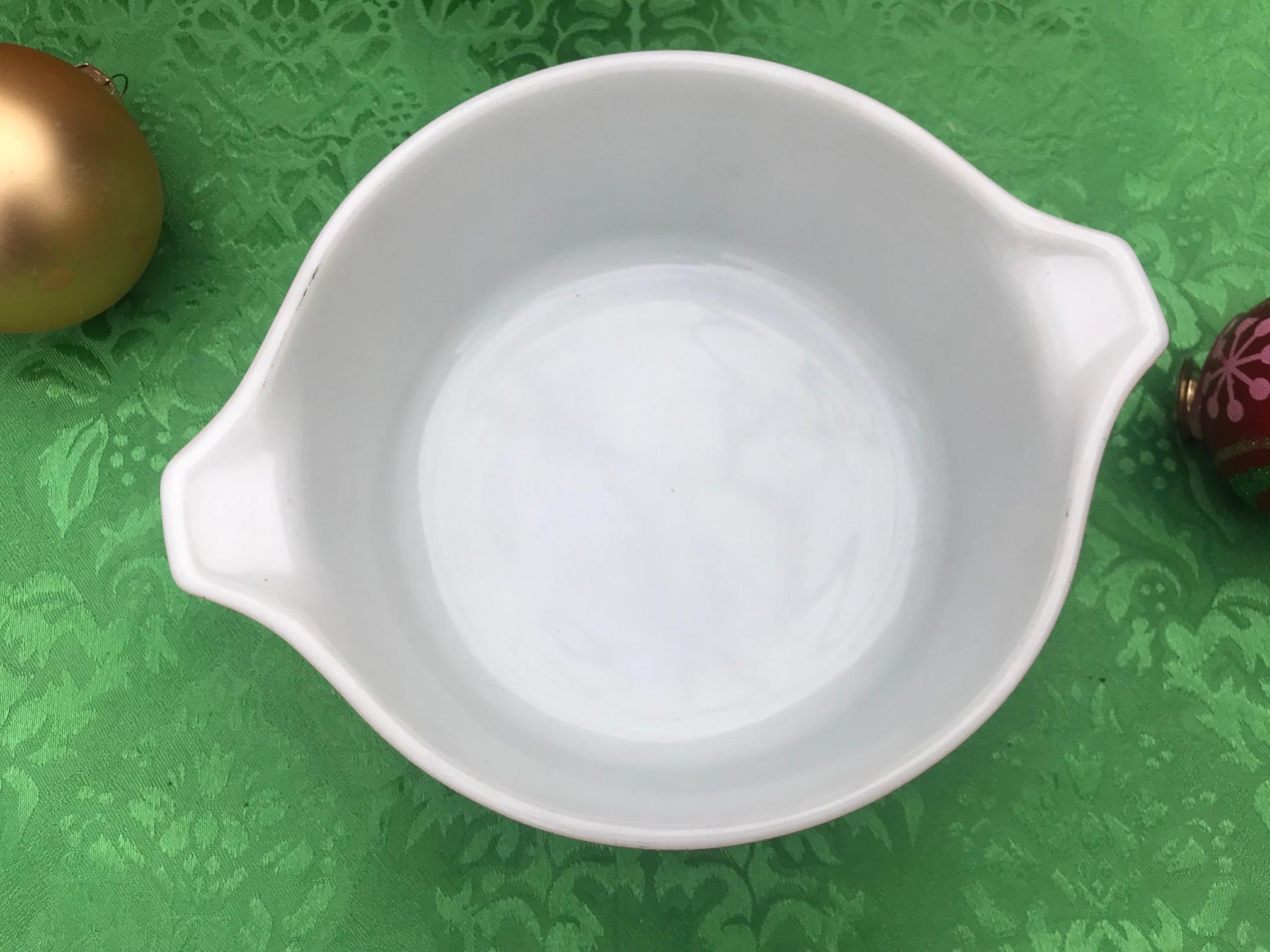 Vintage Pyrex Homestead (1976-1980) Design Milk Glass Casserole Dish: 209,900 ppm Lead + 9,009 ppm Cadmium + 9,252 ppm Arsenic