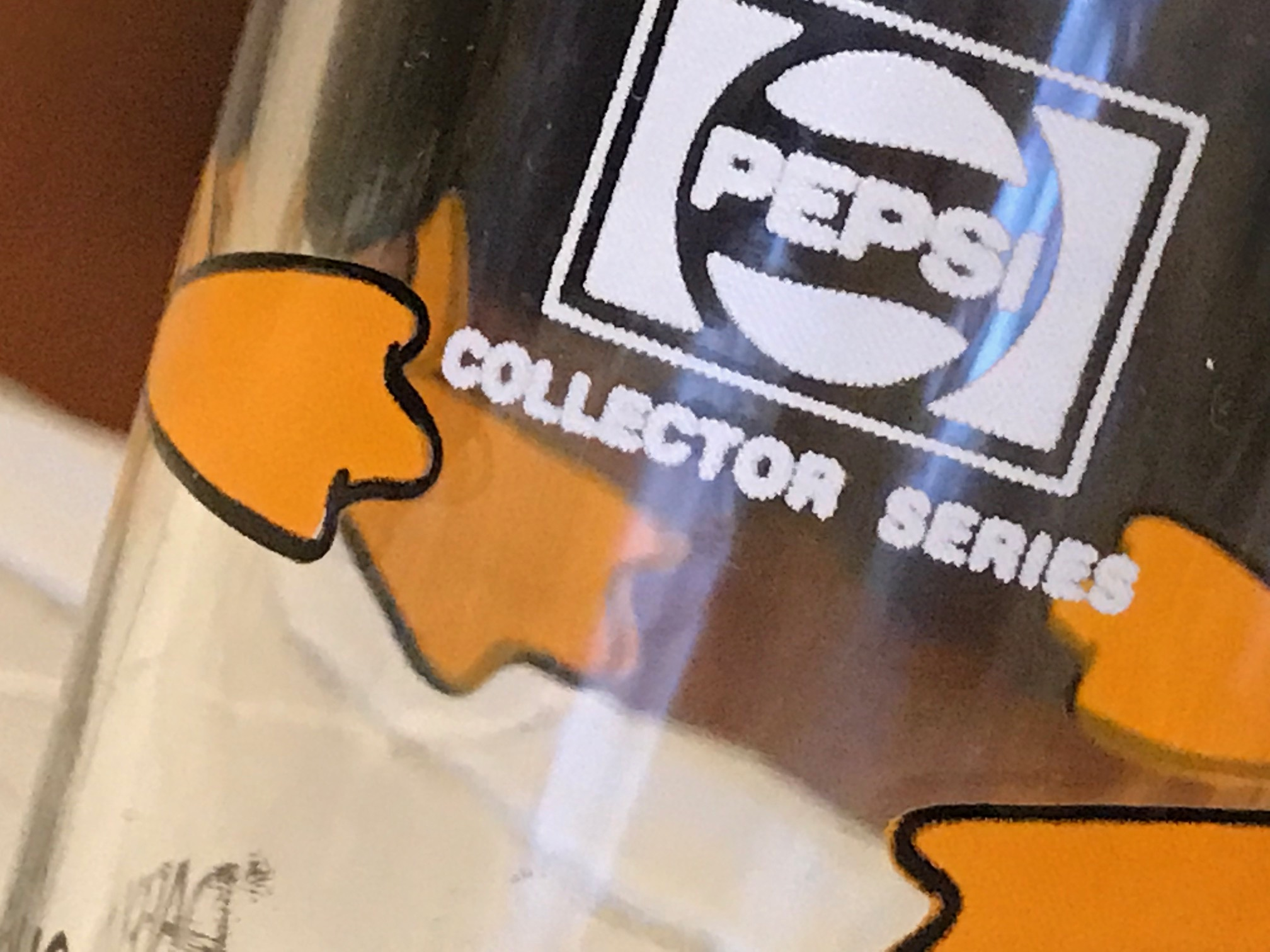 1973 Warner Brothers Pepsi Collector Series Daffy Duck Drinking Glass: 71,800 ppm Lead (90 ppm is unsafe for kids.)