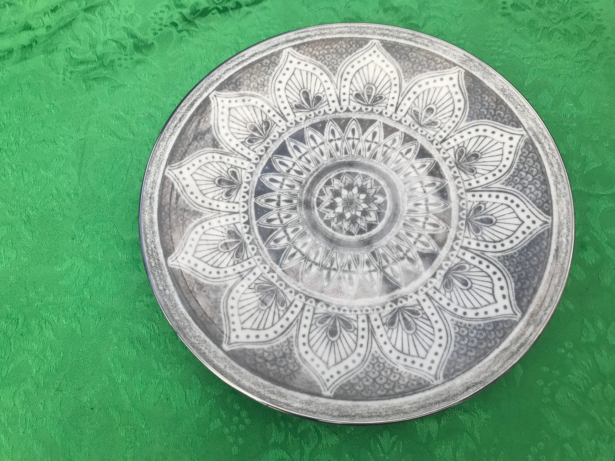 Vintage (c. 1950s ?) Franciscan Masterpiece Minaret China (Silver Pattern): 123,800 ppm Lead. These pieces are *NOT* safe for food use.