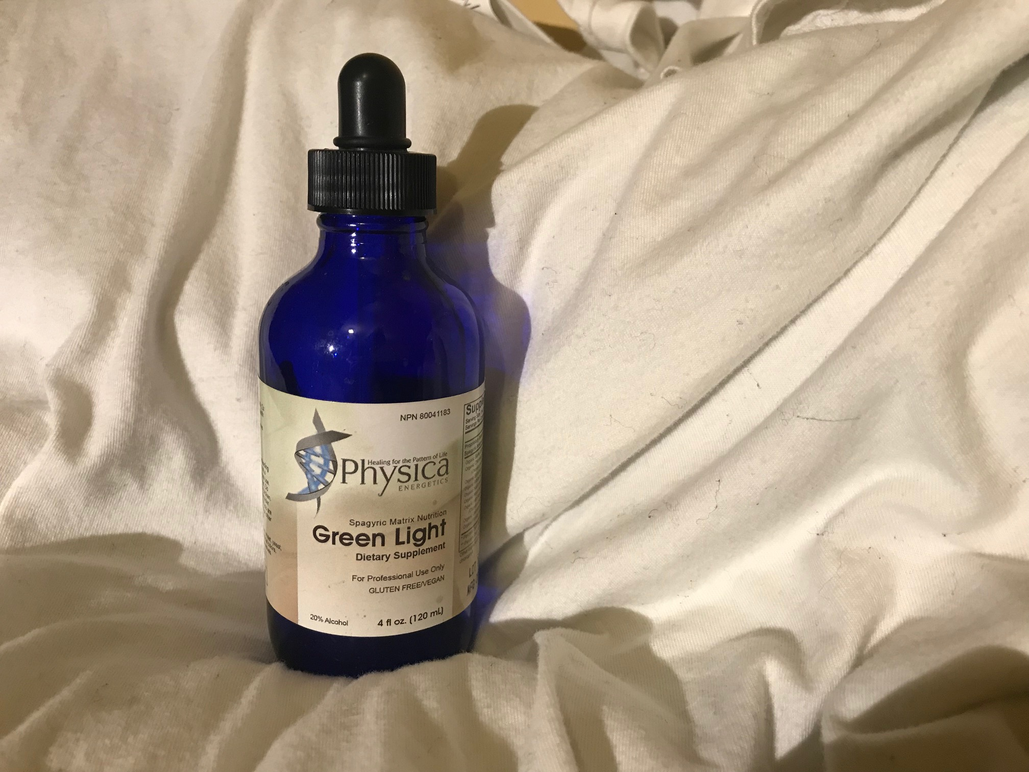 Blue Glass Four Ounce Bottle for Physica Green Light Dietary Supplement: Positive for trace low levels of Cadmium and Antimony (considered safe.)