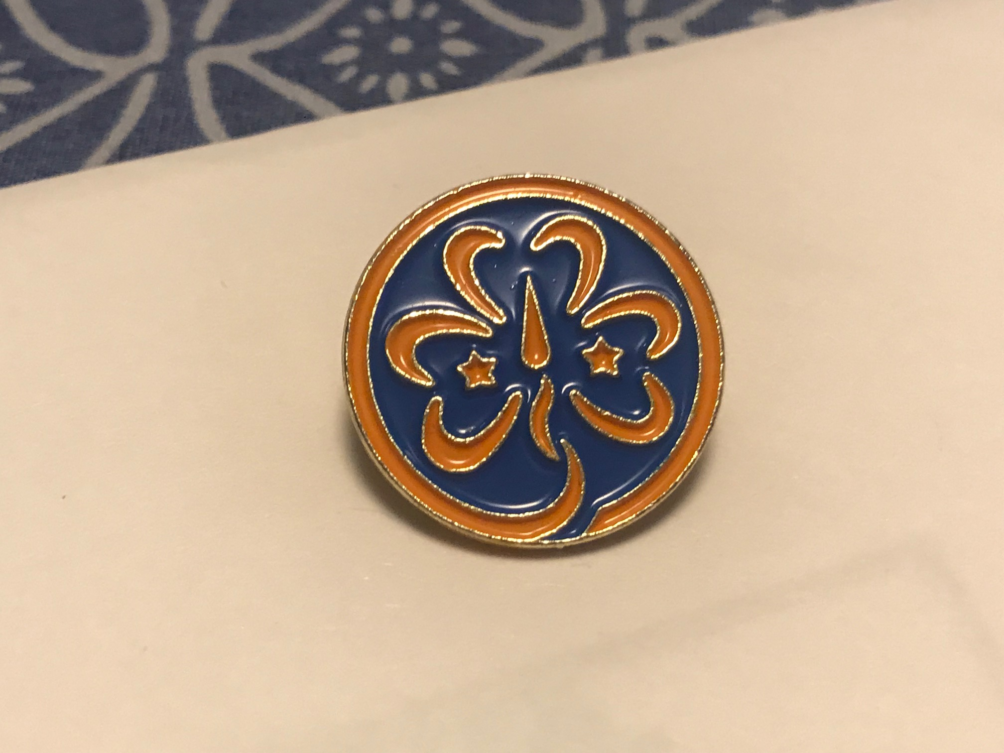 Older Official Girlscout Badge / Pin: 39,000+/- 1,000 ppm Lead. 90 ppm is unsafe for kids.