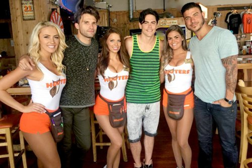 Pump Rules Hooters