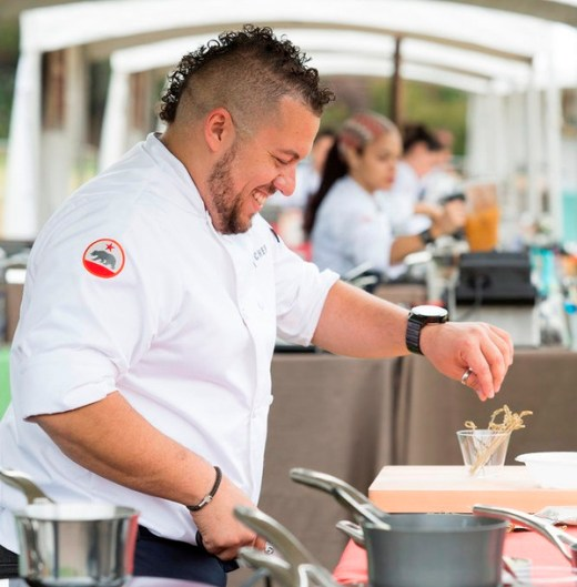 """Top Chef Recap: """"Restaurant Wars Part 2"""" Please Pack Your Knives And Leave the Gun Fight"""