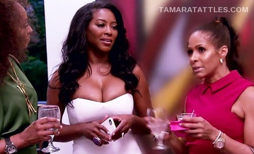 rhoa-kenya-moore-manor