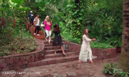 Real Housewives of Beverly Hills: Hostile Hacienda