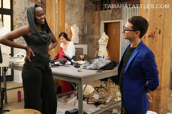 Christian Siriano starting his  mentoring role.