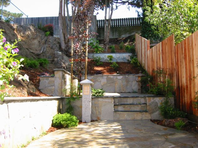 custom retaining wall project