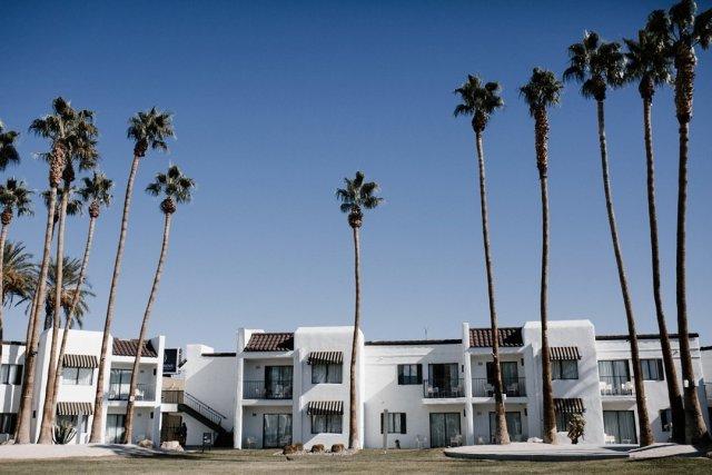 serene hotel Las vegas by Tami Keehn