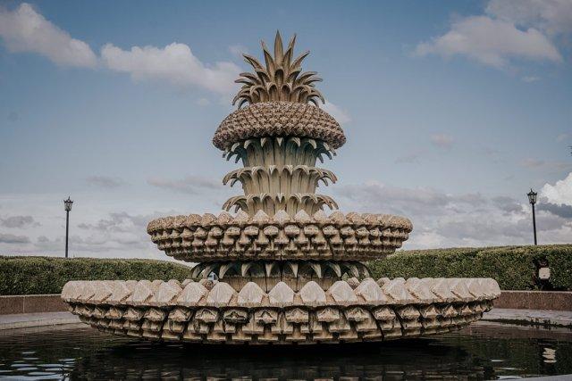 Pineapple fountain in Charleston, SC