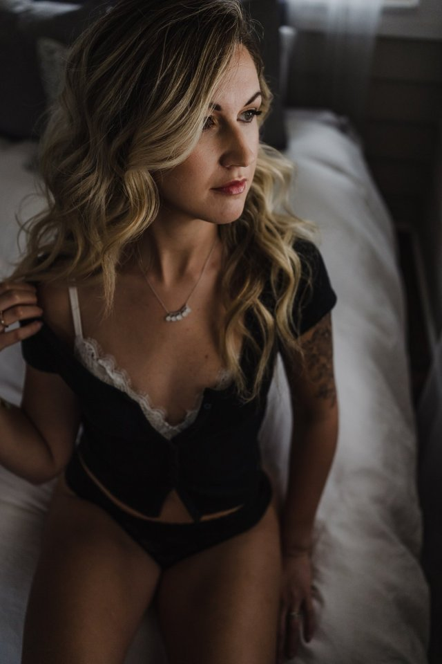 A St Pete Boudoir Shoot celebrating mind and body by premier photographer Tami Keehn.
